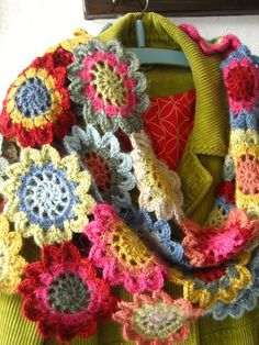 japanese crochet flower necklace by Lucy at Attic 24, home of colourful crocheted goodness.