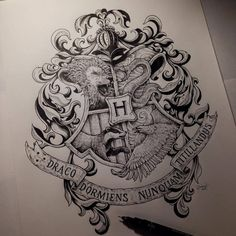 Hogwarts Crest by Kerby Rosanes Harry Potter Thema, Arte Do Harry Potter, Harry Potter Drawings, Harry Potter World, Harry Potter Memes, Harry Potter Tattoos Sleeve, Harry Tattoos, Hogwarts Tattoo, Hogwarts Crest