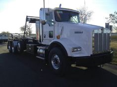 Check out our website for more info on this sweet 2013 Kenworth T800  #kenworth #T880 #northdakota    800-937-3003