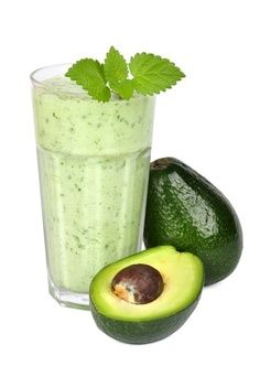 1 avocado, peeled 1 sliced apple 1 fresh or frozen banana 1 cup spinach 1 cup unsweetened green tea 0.5 cup ice.