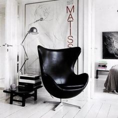 Egg Chair - Fritz Hansen - Black leather
