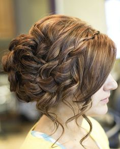 Ancient greek goddess hairstyles for long hair - romantic greek goddess hairstyle