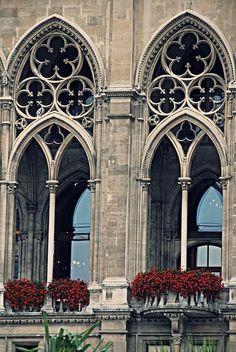 WayneKorea. 2011, 4th August . Gothic architecture. Flickr..https://www.flickr.com/photos/waynekorea/6314683870/ #gothicarchitecture