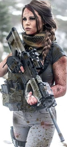 Girl with a Weapon jo guest women gun Military girl . Women in the military . Women with guns . Girls with weapons Soldado Universal, Mujeres Tattoo, Female Soldier, Army Soldier, Military Girl, Warrior Girl, Military Women, Big Guns, N Girls