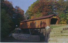 From Christina in Ohio, United States of America. I thought this is a wooden house at first glance, but apparently it's a covered bridge! Very, very cool landmark. Wooden House, Covered Bridges, Postcards, Ohio, United States, The Unit, Cabin, America, Cool Stuff