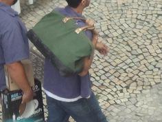 a bolsa de trabalho, inspirando a tendencia das bolsas masculinas...