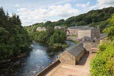 Centre des visiteurs de New Lanark vu depuis le Clyde Walkway