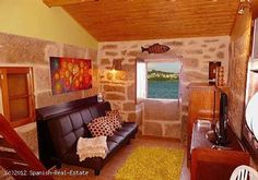 Cottage right on the shore in a fishing town #cottage #rent #Galicia #realestate #Spain #holiday #holidays