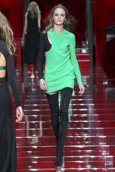 Versace, Осень-зима 2015/2016, Ready-To-Wear, Милан