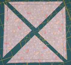 Triangle Quilt Tutorials, Half Square Triangle Quilts Pattern, Quilt Square Patterns, Beginner Quilt Patterns, Quilting Tutorials, Square Quilt, Quilting Designs, Quilting Tips, Quilting Patterns