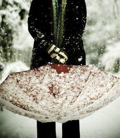 Snowy Umbrella via berkelium on Flickr