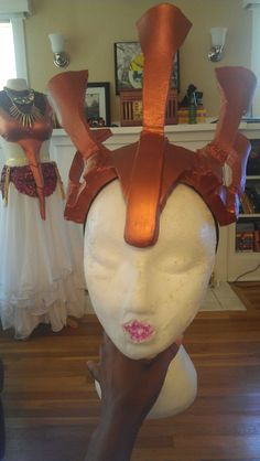 » Halloween Time! – Akasha Queen of the Damned CostumeLip Gloss & Thread