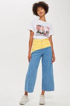 Jean court et large en colour block, MOTO Crop Top Outfits, Casual Fall Outfits, Jean Outfits, Cute Outfits, Fashion Outfits, Wide Jeans, Cropped Wide Leg Jeans, All Jeans, Black Vans Outfit