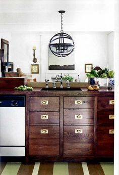 The Rustic Modernist: Trend Alert | Currently Coveting (whatever your little heart desires, or does not) :: La*la*lanterns.