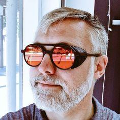 Mirrored Sunglasses, Mens Sunglasses, Eyes, Nice, Fashion, Moda, Fashion Styles, Men's Sunglasses, Nice France