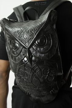 Gothic Owl Backpack with an edge. Shop this black leather owl backpack on Differio. Owl Backpack, Animal Backpacks, Build A Wardrobe, Fashion Forecasting, Handmade Handbags, Black Leather Backpack, Designer Backpacks, Only Fashion, Fashion Handbags