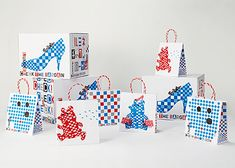 JPDA:活動情報:日本パッケージデザイン大賞2011 Brand Identity Design, Graphic Design Branding, Typography Design, Logo Design, Bag Packaging, Packaging Design, Paper Bag Design, Tea Brands, Japanese Graphic Design