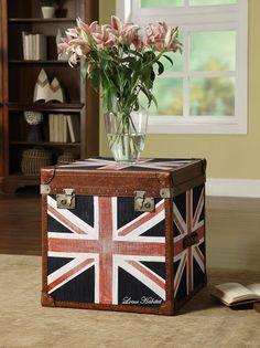Skrzynia, flaga brytyjska, skórzana skrzynia. Zobacz więcej na https://www.homify.pl/katalogi-inspiracji/12266/dekoracje-do-salonu-z-calego-swiata