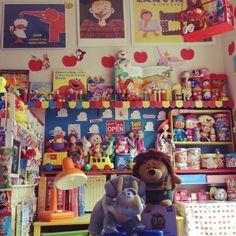 matruko..さんの、部屋全体,フィギュア,子供部屋,ディズニー,おもちゃ,レゴ,絵本,ドール,アメリカン,オタク部屋,見せる収納,ペッツ,レトロポップ,サヴィニャック,ピクサー,roomclipステッカー,トイストーリー部,シュガーラッシュ,子供と暮らす。,ガラクタ資産運用,なるべく引き画,ビーンズコレクション,ルームクリップステッカーも貼りました♩,のお部屋写真                                                                                                                                                     もっと見る