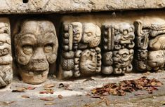 Honduras Mayan city ruins in Copan. The picture presents detail of decorating walls of the temple. Ancient Mysteries, Ancient Artifacts, Honduras, Maya Civilization, Mayan Cities, Mayan Ruins, Ancient Aliens, Ancient Greek, Ancient History