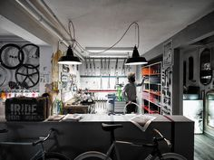 Bike mechanic work is part of my daily life. Wish my garage looked like this!
