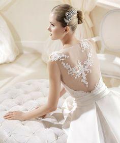 Coleção #Noivas La Sposa 2014 modelo IDETTE #casarcomgosto