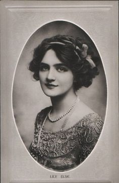 Image result for 1917 hair fashion