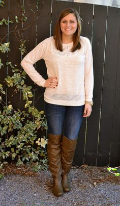 Super cute lightweight off white sweater- great for this time of year! -Studio 3:19