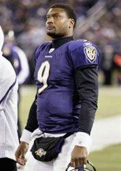 Former NFL Quaterback Steve McNair, 36, Shot Dead in Apparent Murder-Suicide #celebdx