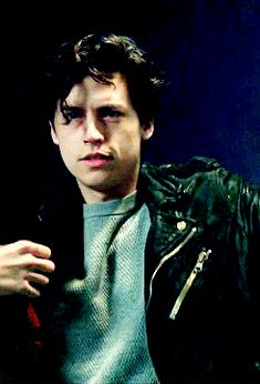 Discover & share this Jughead GIF with everyone you know. GIPHY is how you search, share, discover, and create GIFs. Cole M Sprouse, Cole Sprouse Jughead, Dylan Sprouse, Watch Riverdale, Bughead Riverdale, Wattpad, Riverdale Poster, Riverdale Cole Sprouse, Dylan And Cole