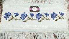 Cross Stitch Designs, Embroidery Stitches, Tapestry, Decor, Cross Stitch Borders, Napkins, Crochet Ideas, Ideas, Hardanger