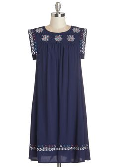 The perfect dress in which to quest for marionberry pancakes at your fave brunch spot!