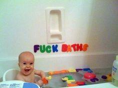 Tire fotos humoristicamente impróprias para dar ao seu filho de presente de formatura.