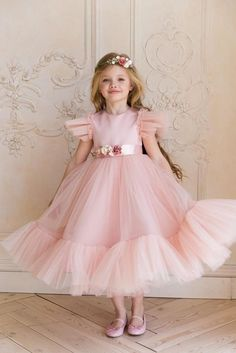 Flower girl dress Blush flower girl dress tulle White flower girl dress Pink girl dress tulle First communion Flower Girl Dresses blush Communion Dress Flower Girl Pink Tulle White Blush Flower Girl Dresses, Dusty Rose Dress, Première Communion, Communion Dresses, Kids Gown, Dress Picture, Little Girl Dresses, Cute Girl Dresses, Toddler Girl Dresses