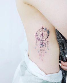 23 Amazing Dream Catcher Tattoo-Ideen - My list of best tattoo models Mini Tattoos, New Tattoos, Small Tattoos, Tatoo Henna, Diy Tattoo, Feather Tattoos, Rose Tattoos, Dreamcatcher Tattoos, Watercolor Dreamcatcher Tattoo