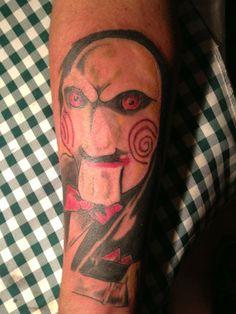 SAW. Tatuajes Arte es Disfrutar Chile. Metro Quinta Normal. Facebook Arte es Disfrutar