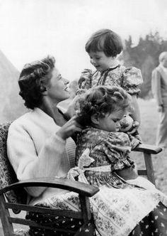 ingrid Bergman with her girls