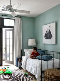 Sea inspired bedroom