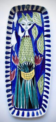 Life Beyond the Fridge: Design Heroes - Inger Waage Ceramic Wall Tiles, Ceramic Decor, Pottery Designs, Pottery Art, Vintage Pottery, Vintage Ceramic, Bennington Pottery, Stig Lindberg, Retro Art