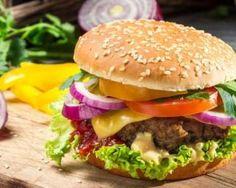 Hamburger express façon Dukan : http://www.fourchette-et-bikini.fr/recettes/recettes-minceur/hamburger-express-facon-dukan.html