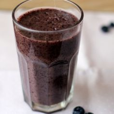 Blueberry Coconut Water Smoothie   -       To make this smoothie a bit special I added coconut water to it instead of water. The result is a thick, fresh, sweet juice.