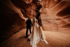 Zion National Park wedding. Red Rock wedding. Bride wears Leanne Marshall from alta moda bridal. Photo by Jordan Voth.