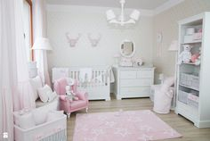 Zdjęcie: Ponadczasowy róż - Pokój dziecka - Styl Klasyczny - Caramella