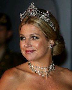 Queen Maxima wearing the Mellerio Ruby Tiara at the pre-wedding dinner in…