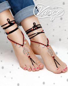 Par de sandalias pies descalzos