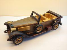 Готовая продукция старинные классический модель автомобиля ручной работы кабриолет дерево ремесло украшения подарок(China (Mainland))