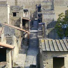 Visitiamo Ercolano , patrimonio dell'umanità !! The City of Herculaneum…
