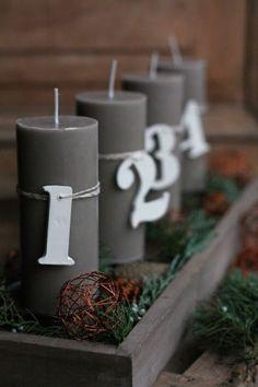 Eine schöne Idee für ein modernes Adventsgesteck.Noch mehr Weihnachtsideen gibt es auf www.spaaz.de