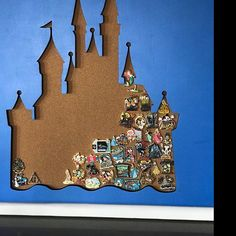 Disney Inspired Pin Display Shadowbox (Disney Cinderella Castle) - New Ideas Disney Pins Sets, Disney Trading Pins, Disney Home Decor, Disney Crafts, Disney Souvenirs, Disney Trips, Disney Inspired Fashion, Disney Fashion, Inspired Outfits