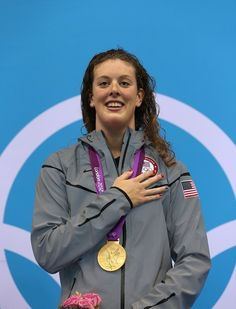 Allison Schmitt takes the GOLD in the Women's 200m Freestyle. #GoTeamUSA #LondonOlympics #USASwimming